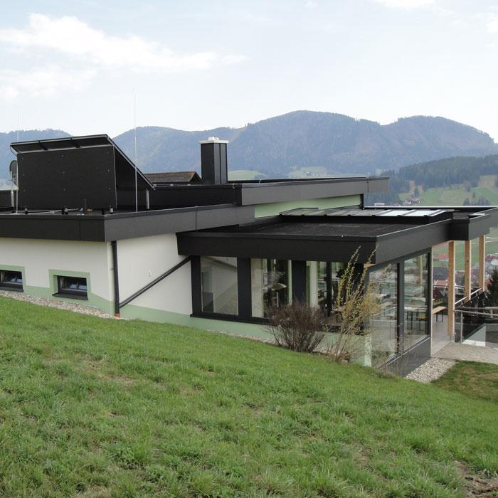 Moderne Dachlösung von Klammler: Flachdach