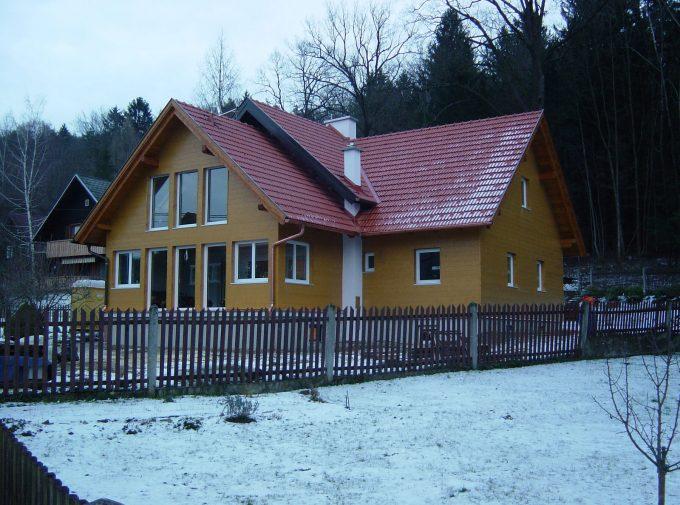 Dach mit Kaminaussparung