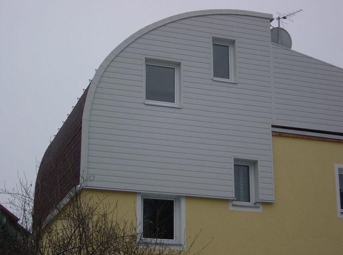 Halbrundes Dach
