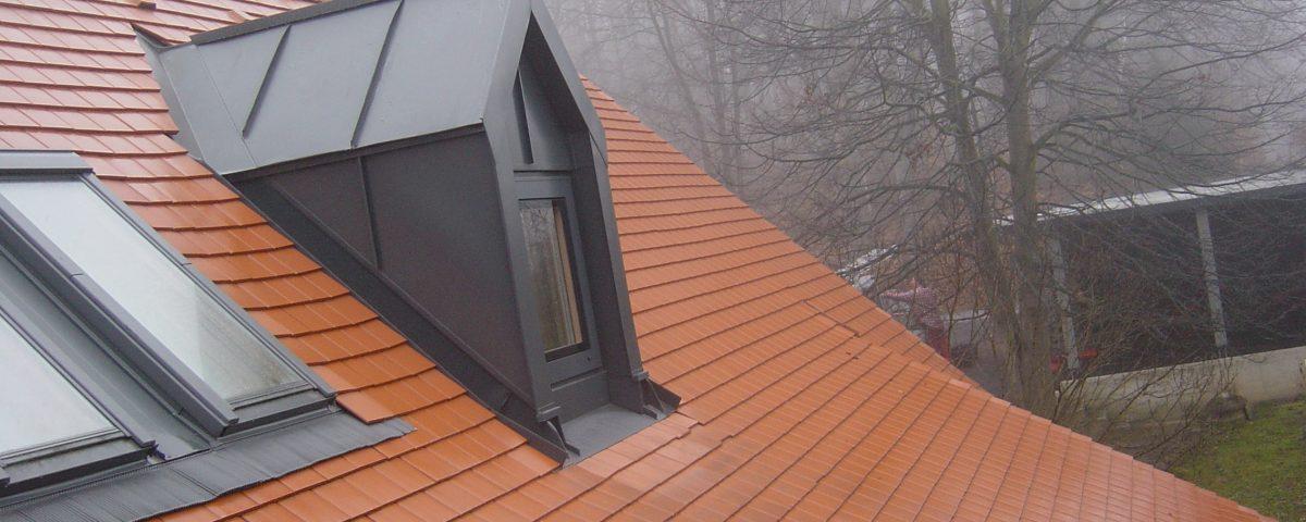 Dachdeckermeister in Graz versprechen Ihnen ein garantiert wettersicheres Zuhause.