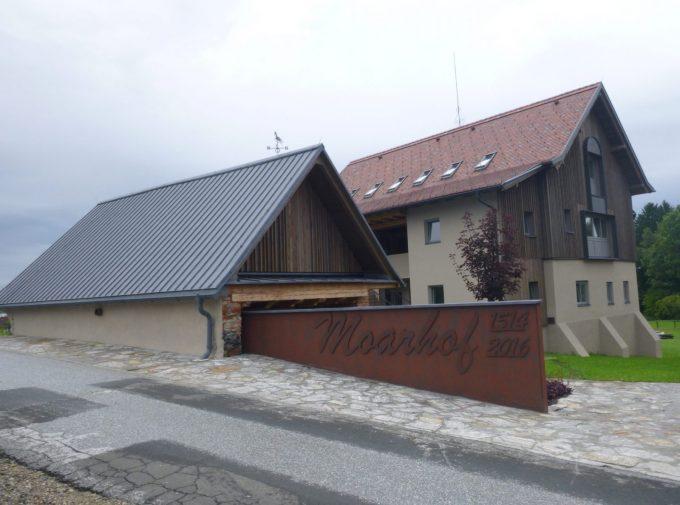 Neues Dach für Moarhof