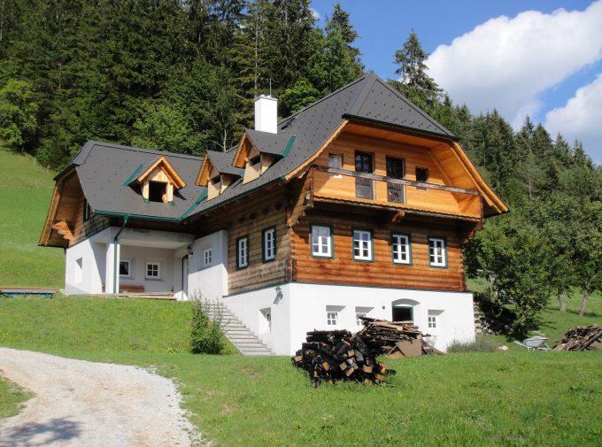 Neues Dach verleiht Haus schöne Optik