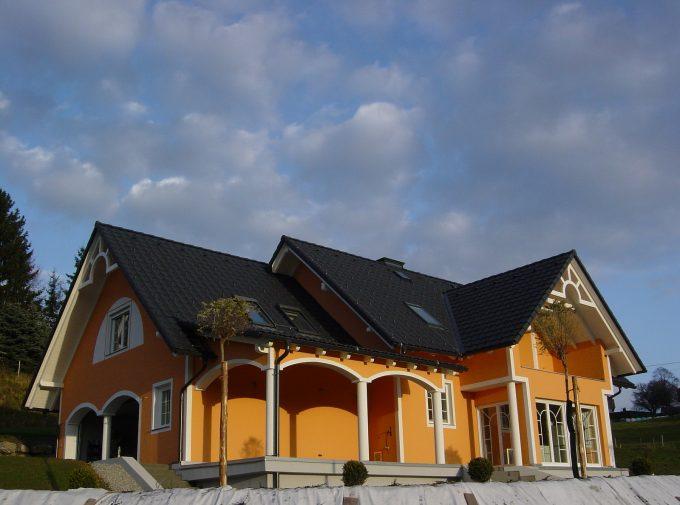 Neues Dach vom Dachdeckermeister aus dem Almenland