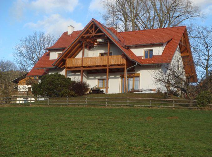 Mehrstufiges Dach von Klammler