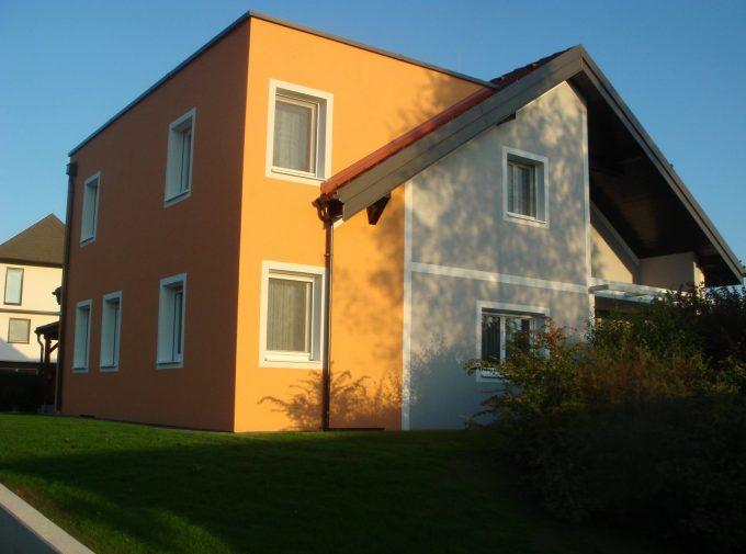 Kreative Dach- und Spenglerlösung für Zubau